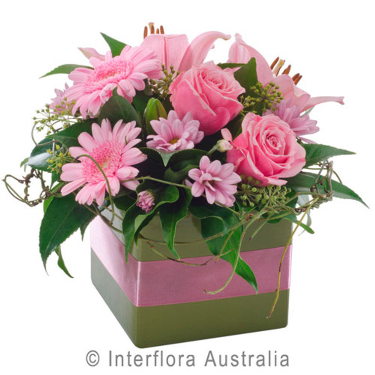 Pinky flowers Gold Coast delivery.