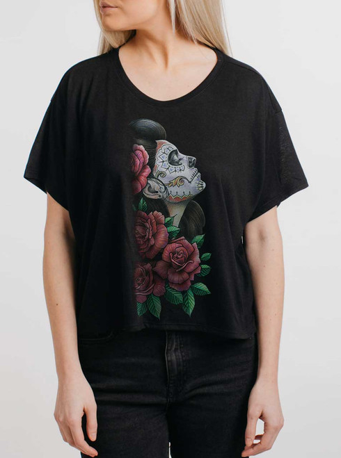 Lady of the Dead - Multicolor on Black Womens Oversized Cropped T Shirt