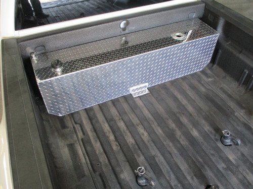 AT45RTF - DOT Legal Transfer Tank  PN# AT45RTF. 45 gallon aluminum transfer tank. Legal for use with Diesel, Gasoline, Ethanol, Methanol and Aviation Fuel.  Made by Aluminum Tank & Tank Accessories, Inc.