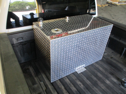 AT75RTF - DOT Legal Transfer Tank  PN# AT75RTF. 75 gallon aluminum rectangular  transfer tank. Legal for use with Diesel, Gasoline, Ethanol, Methanol and Aviation Fuel.  Made by Aluminum Tank & Tank Accessories, Inc.