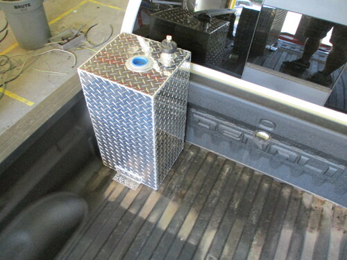 AT20RTF - DOT Legal Transfer Tank  PN# AT20RTF. 20 gallon aluminum rectangular transfer tank. Legal for use with Diesel, Gasoline, Ethanol, Methanol and Aviation Fuel.  Made by Aluminum Tank & Tank Accessories, Inc.