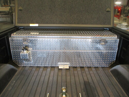 The AT50TT-BR, the 50 gallon aluminum auxiliary tank and toolbox combination designed for a Tri-Fold bed cover.  Call us today at 1-800-773-3047.