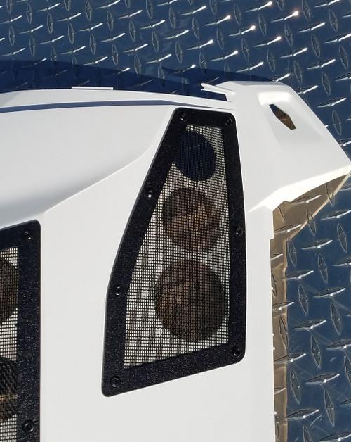 Yamaha Sidewinder Knee Vents on the Panel