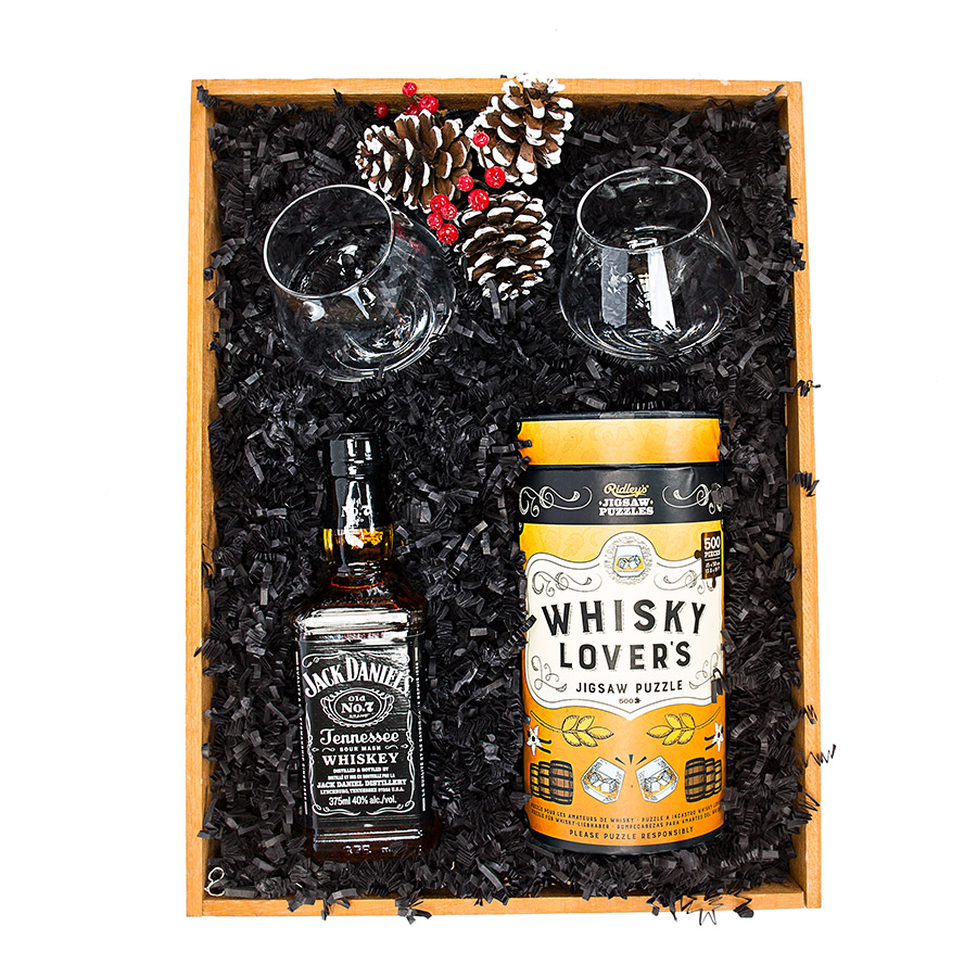 Whisky Lovers Gift Basket
