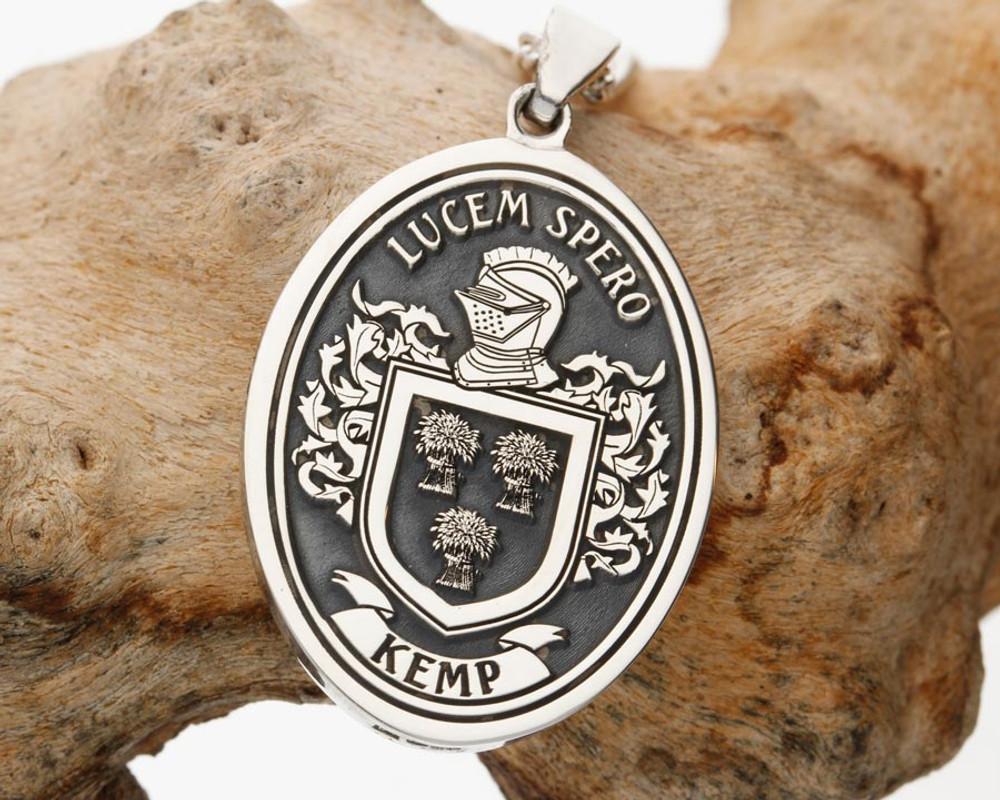 Custom Design Family Crest laser engraved pendant Kemp