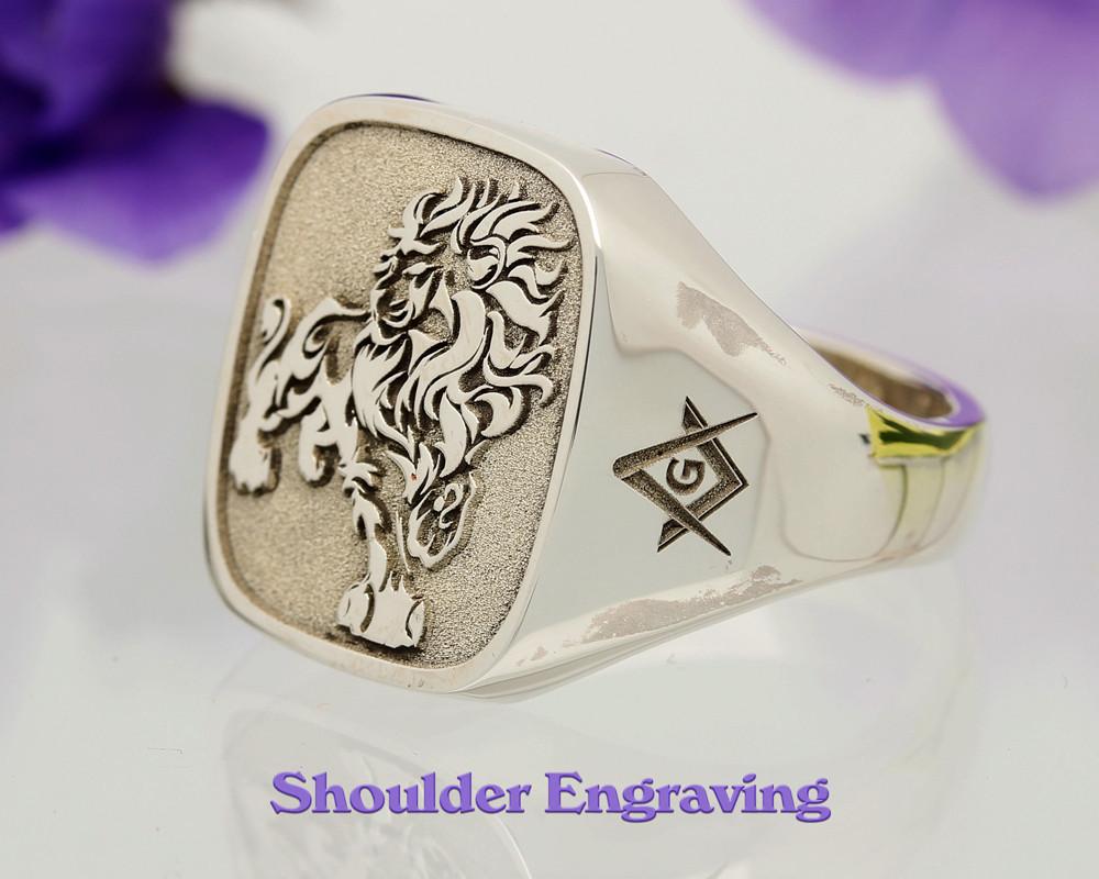 Signet Ring Shoulder Engraving