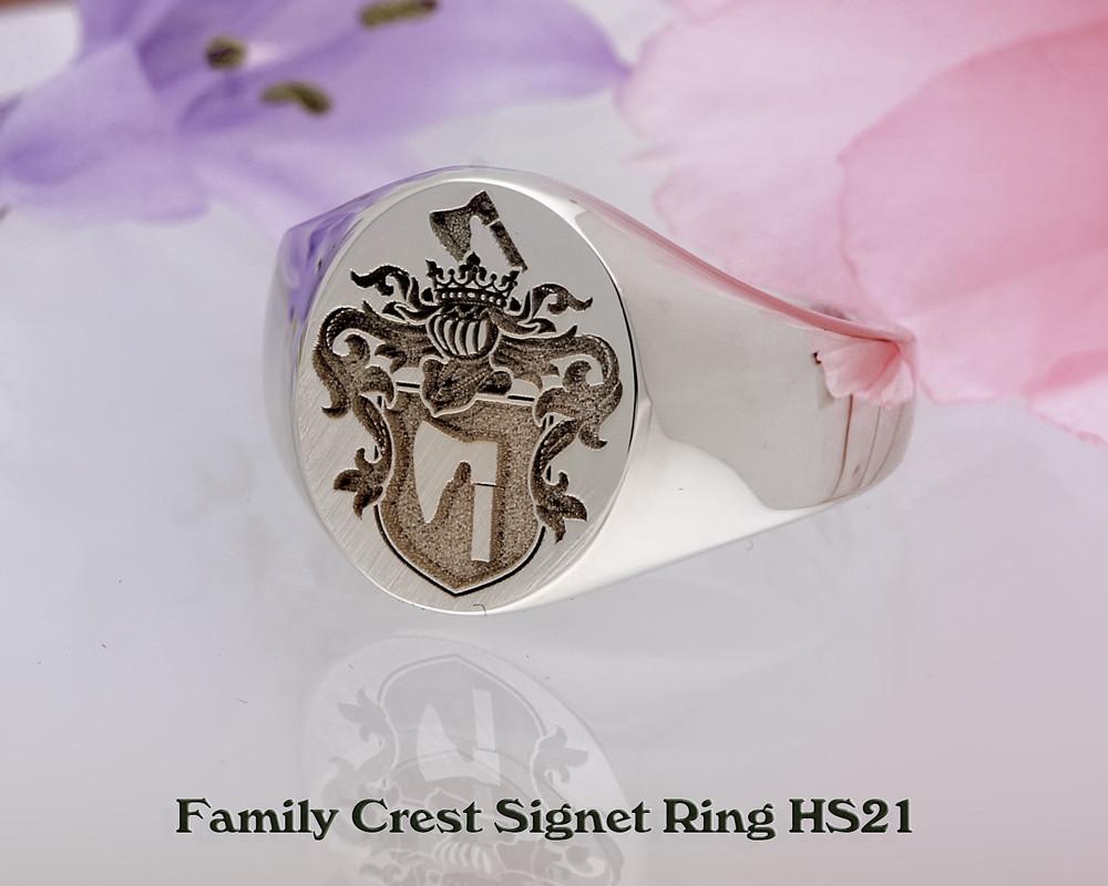 Ladies Family Crest Signet Ring HS21