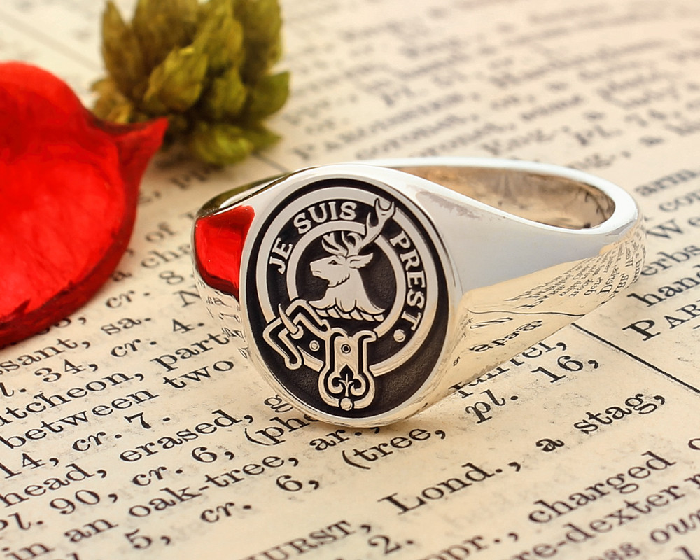 Fraser of Lovat Scottish Clan Signet Ring (example oval negative oxidised)