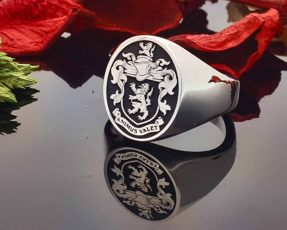 Bosworth Family Crest HS24 Sterling Silver Signet Ring Negative Oxidised