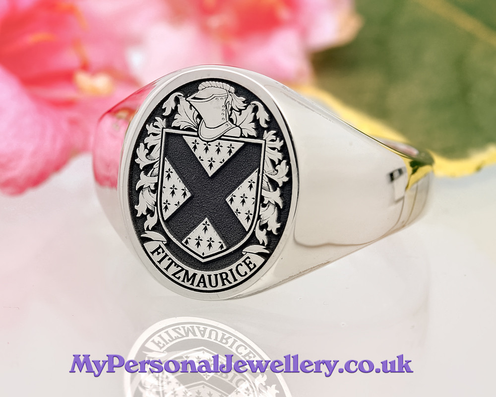Fitzmaurice Family Crest Signet Ring Silver HS24 Negative Oxidised