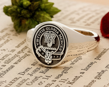 Robertson Scottish Clan Signet Ring HS8 Silver