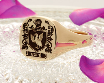 Hupe Family Crest Signet Ring 9ct gold aged positive