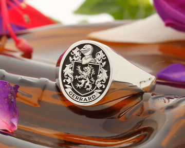 Gerrard Family Crest Signet Ring Silver HS8 Negative Oxidised