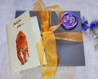 grey-luxury-gift-box-with-ribbon-and-card.jpg