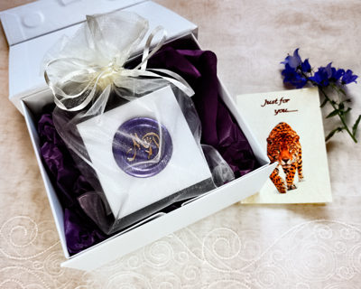 white-luxury-gift-box-with-ribbon-and-card.jpg