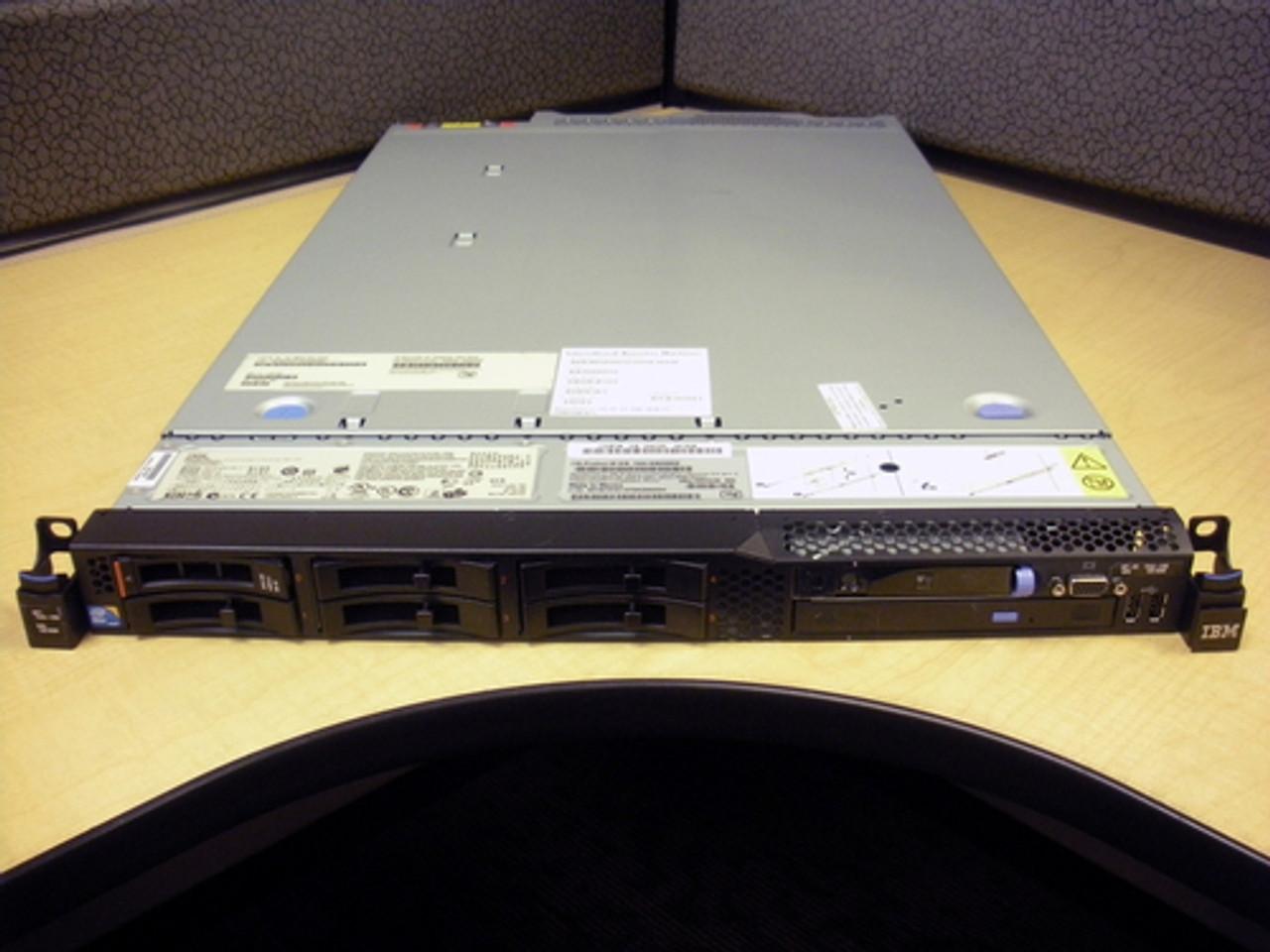 IBM 7042-CR5 HMC