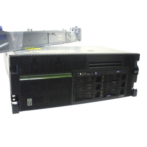 IBM 8203-E4A iSeries 520 Single Core 4.2GHz 4GB 2x 139GB DVD OS 7.2 15 Users