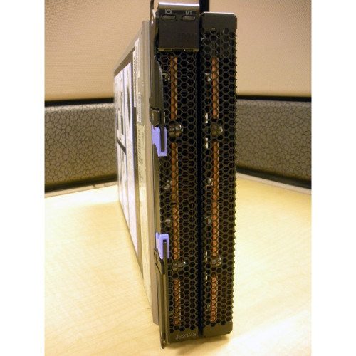 IBM 7778-23X JS43 BladeCenter 8 Core 4.2GHz Power 6, 128GB, 2x 146GB, 8GB FC