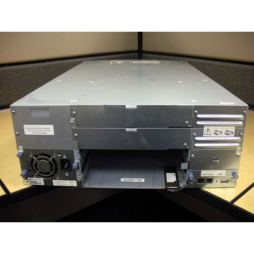 HP AK381A 413509-001 MSL4048 0-Drive Tape Library with Rack Kit