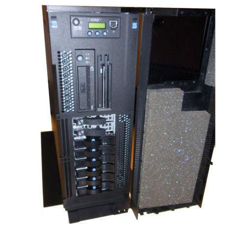 IBM Server 9406-520 0900 7450 Power5 1.5GHz, 4GB, 4x 36GB, 30GB Tape, 5709 RAID, OS 6.1 via Flagship Tech