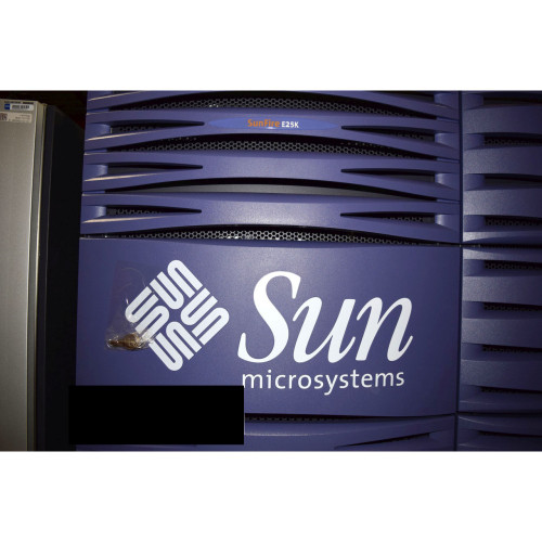 Sun Fire E25K Server 32x 1.8GHz 20x 1.5GHz 416GB Memory System Controller
