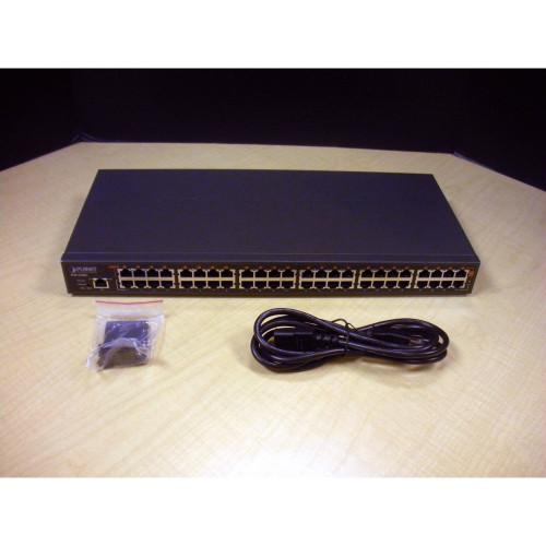 Hitachi 0B22187 146GB 15K SAS Hard Drive Sun 390-0371
