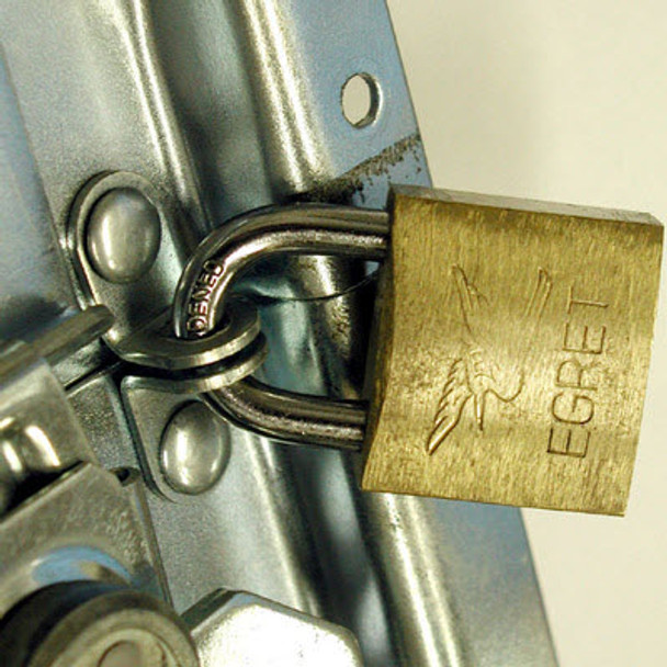 Padlockable Latch Plate With Protectors