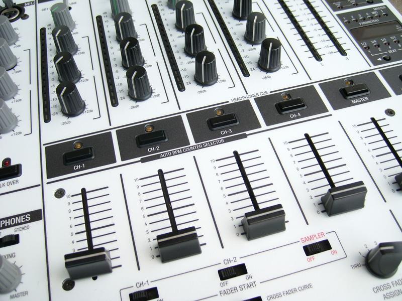 djm-600-3.jpg