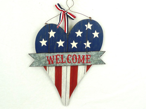 Rustic Patriotic Welcome Heart Sign