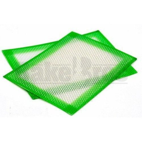 "SILICONE MAT SQUARE PAD NON STICK OIL SLICK 4.5"" X 3.5"" GREEN Pack of 1 4.5"" X 3.5"""