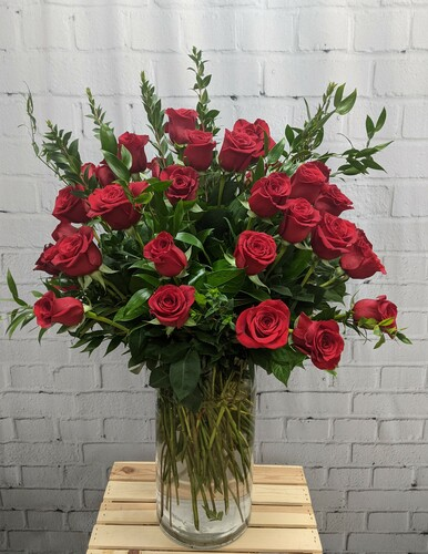 50 Longstem Red Roses Vased
