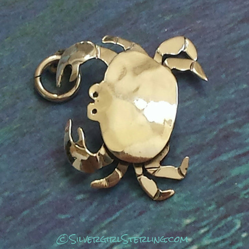 Crab Pendant in Silver