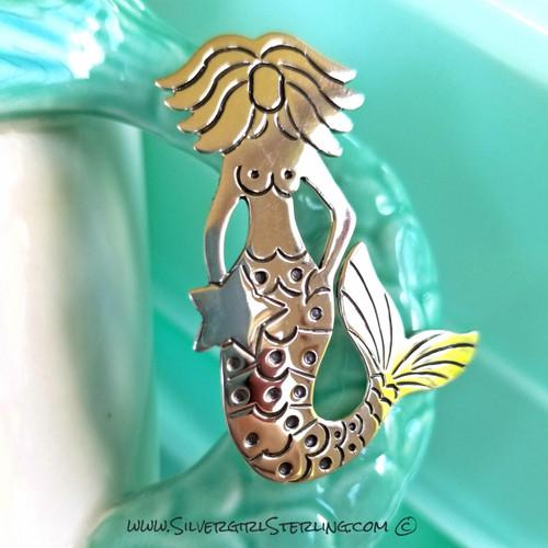 Lorelei Pendant (Seated Mermaid with Star)