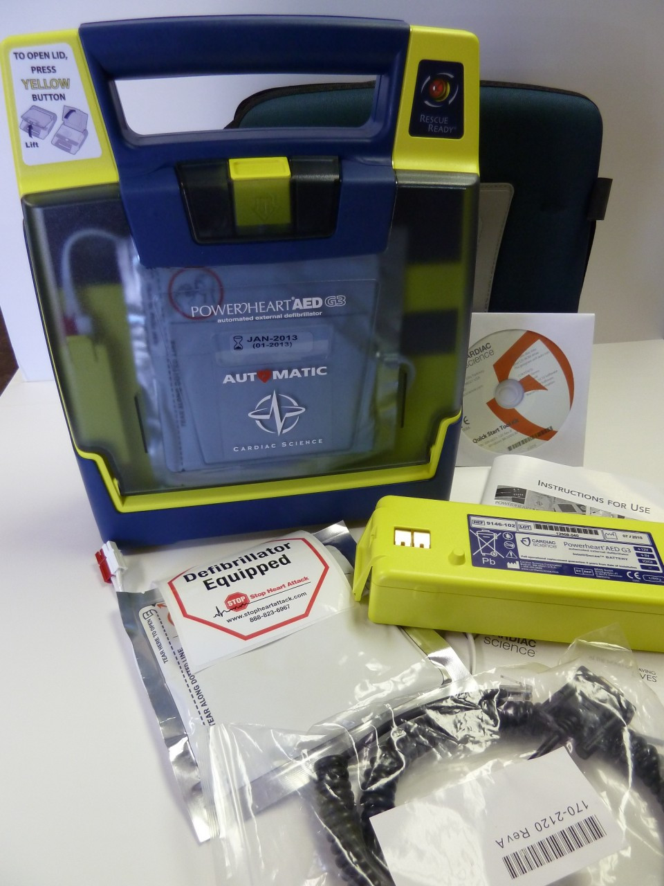 Cardiac Science Powerheart G3 Plus Includes battery, case, Cables, Software Labels and Forms
