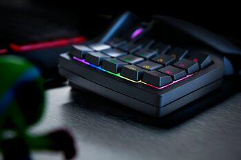Razer Tartarus V2 Mecha-Membrane Gaming Keypad  - US layout FRML
