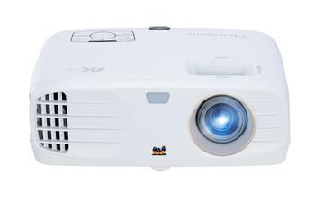 3840 x 2160 (4K), 1.5-1.8 throw ratio, 12,000:1, 2200 lumen, 240 watt light source, 10w speakers, 332 x 135 x 261 mm