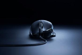 Razer Basilisk Essential - Right-Handed Gaming Mouse