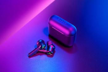 Razer Hammerhead True Wireless Pro-Earbuds-AP Packaging