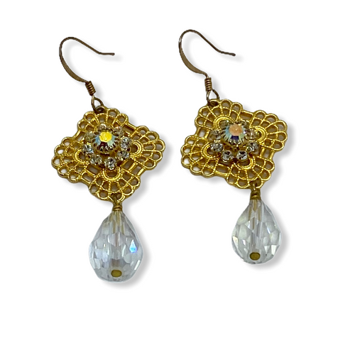 Gold plated trefoil crystal earrings
