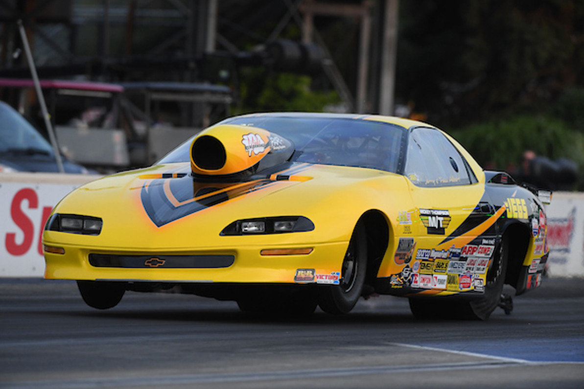 Top Sportsman Racer Jerry Albert Finding the Zone as Second Half Comes Into View in his RJ Race Car!