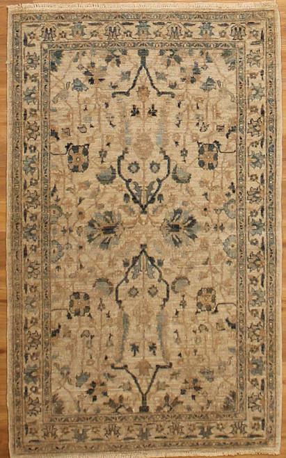 3' X 4'11 Light color rug
