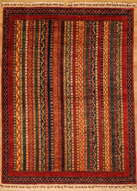 "4'1"" X 5'7"" Multi colored rug"