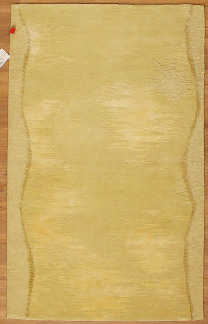 3'1 X 4'11 Contemporary design rug