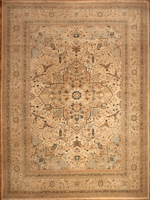 10' X 13'9 Light color Rug,oversize