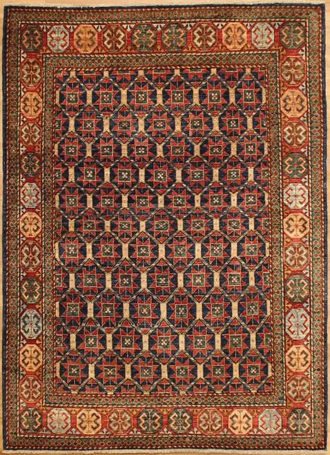 4'10 x 6'9 Geometric design rug