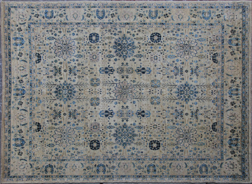 8'4 x 9'11 Light color Rug
