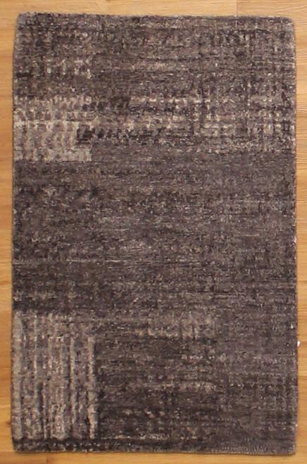 2' x 3'1 Modern Design Rug
