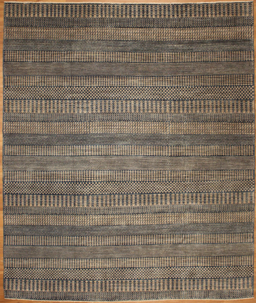 Grey Green modern design rug 8'1 x 9'8