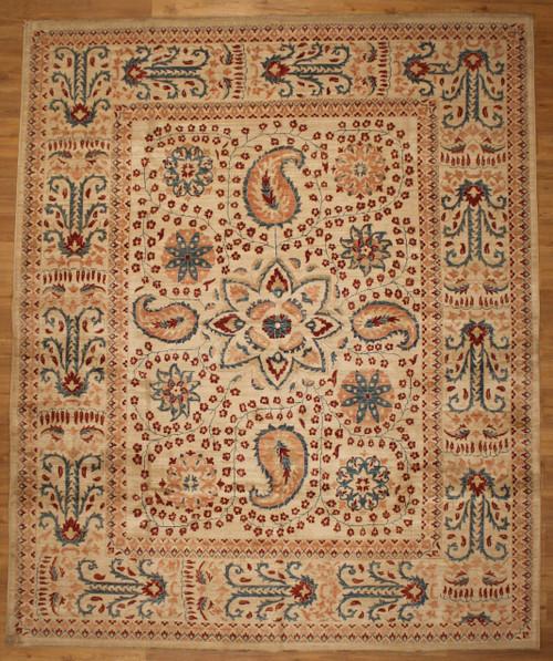 Light color room size rug 8' x 9'8