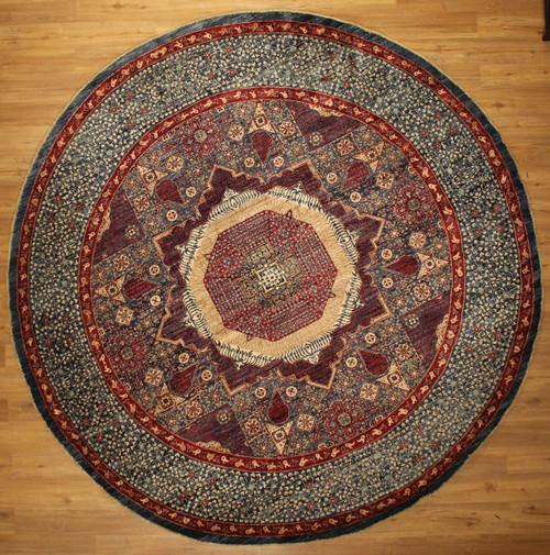 round 9'11 x 9'11 rug